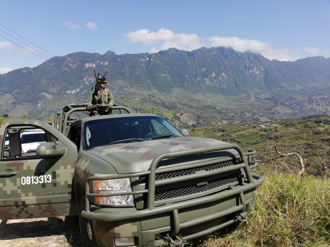 Foto Militares en la Base de Operaciones Mixtas en Coco Aldama_Frayba