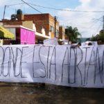 """""""¿Dónde está Adrián?"""": Reclaman estudiantes de UdeG, tras la desaparición de su compañero"""