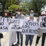 «Devuélvanlos, por favor»: la exigencia tras la desaparición Santi y Arturo